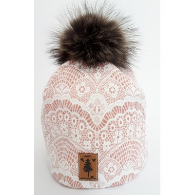 Tuque en  ''broderie anglaise rose'' - pompom fourrure