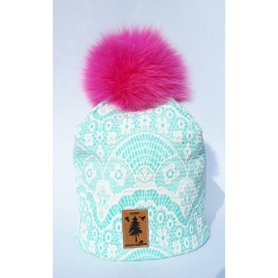 Tuque en ''broderie anglaise turquoise'' - pompom fourrure